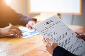 What Is The Necessary Information That A Resume Tells?